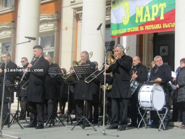 Пернишки музиканти и мажоретки представят България на Международен фестивал в Полша