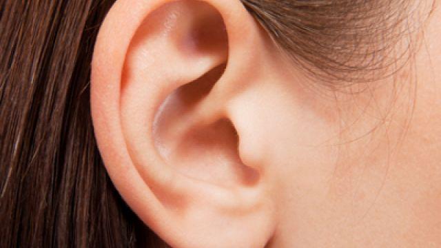 Ковид 19 води до проблеми с ушите