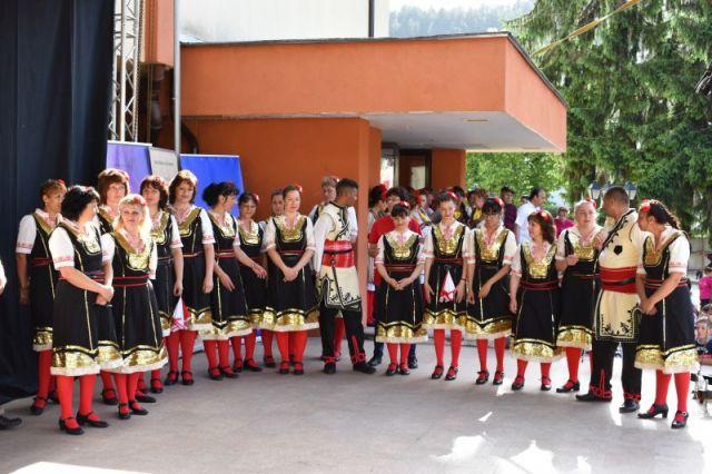 Организаторът и домакините взеха наградите на Трънския фестивал