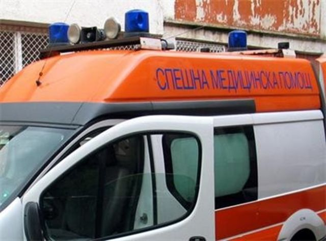 Деца пострадаха при катастрофа с училищен бус