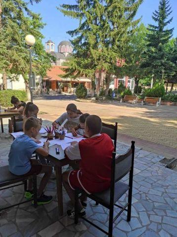 Децата на Брезник се запознаха с древен занаят
