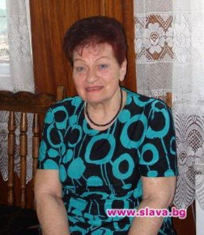 Почина първата естрадна певица на България