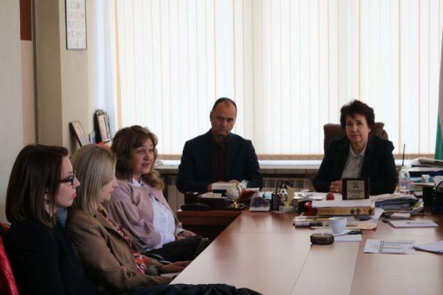 Церовска посрещна македонска делегация