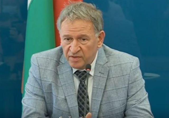 Кацаров иска незабавно свикване на кризистните щабове заради Ковид 19