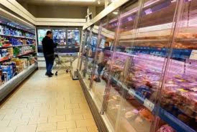Променят часовете за  пазаруване на възрастните хора