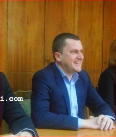 Новоизбраният кметски екип на Перник сътвори първия си медиен гаф
