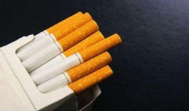 Радомирски полицаи иззеха 500-те цигари на човек от Земен