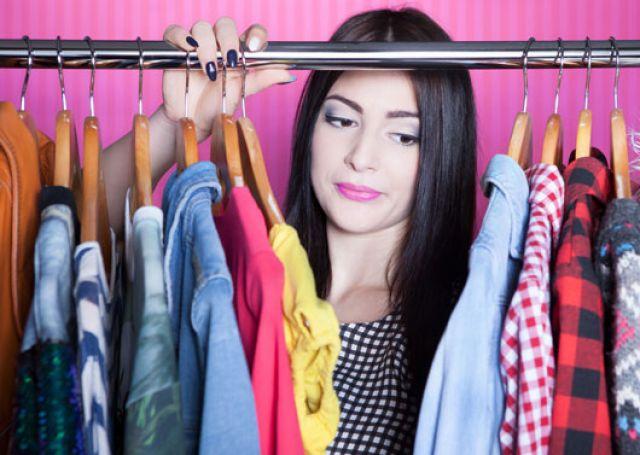 Имаме пълен гардероб, а носим само пет неща