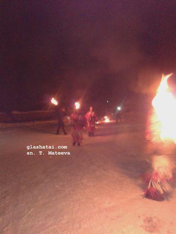 Първо в Глашатай: Лумна огънят на Сурва в Граовско /снимки/