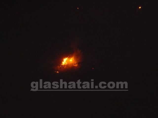 Кола в Радомир пламна през нощта