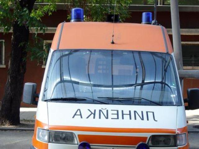 """Мъж пострада при катастрофа на """"Струма"""""""