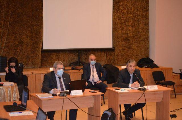 Уеднаквиха имотния данък в Радомир и селата от региона