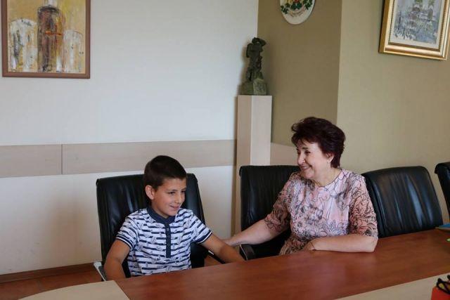 Четвъртокласникът Кристиян Емилианов Кирилов  спечели таблет