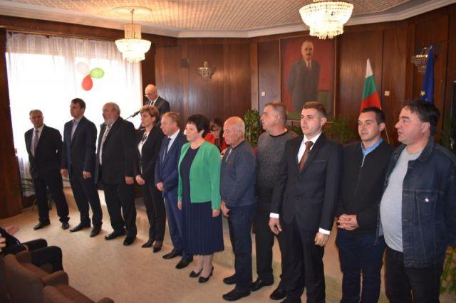 Властта в Ковачевци се закле