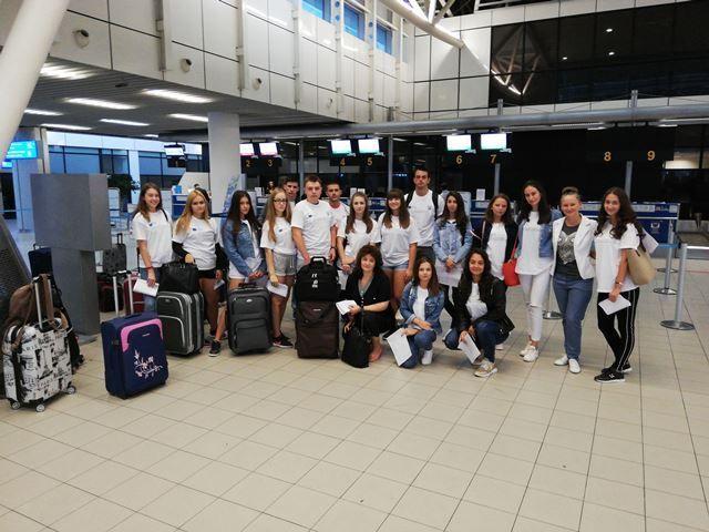 Пернишки ученици отидоха на практика в Испания