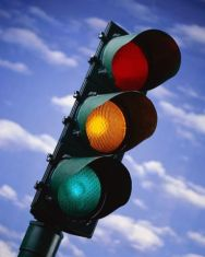 Ремонтират светофара на Софийско шосе