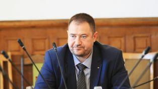 Петър Харалампиев вече не е председател на Държавната агенция за българите в чужбина