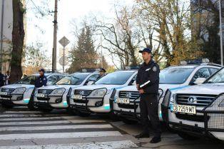 Пернишките полицаи вече имат 13 нови коли