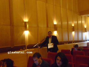 Съветник пита за пункт за раздаване на храна  на социално слаби перничани