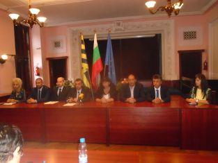 Представиха официално кандидатурата за кмет на д-р Маринова