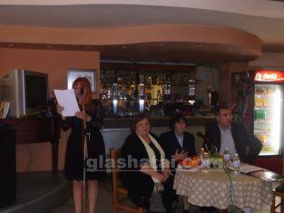 Вдъхновяваща вечер подари на съгражданите си Здравка Евтимова и получи кюмюрче за спомен