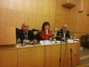 Специалисти от ЦИК обучиха общинските избирателни комисии в Пернишко