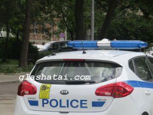 Млад мъж си спретна гонка с полицаите