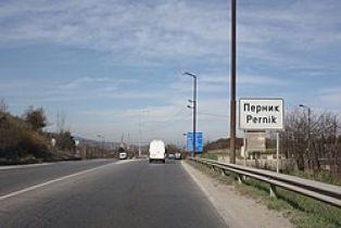 Ето каква е причината за тъмнината в ключови участъци от шосетата в Перник