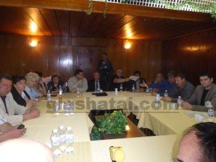 Проблемите на селата нищиха кметовете им на среща с Иван Иванов