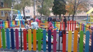 Oткриха още две детски площадки