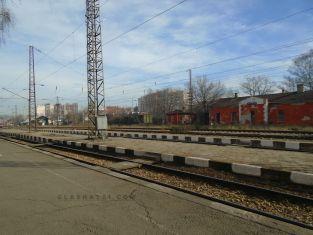 Пътуващи с влак София- Перник закъсаха на гара Захарна фабрика
