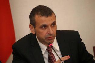 Повод да почерпи днес има народният представител Валентин Павлов