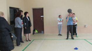 Ремонтираха салона на училището в Драгичево