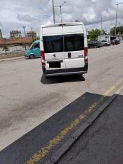 Глобиха шофьор и пътник без маски по сигнал на гражданин