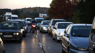 Ремонт на пътя Перник-София причинява задръствания