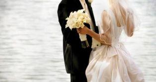 Младоженец отиде на сватбата си с Батмобил