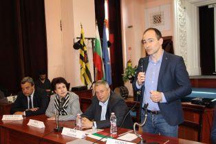 ГЕРБ и СДС представиха листата си за европейските избори в Перник