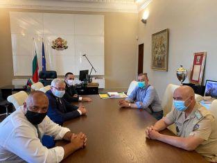 """Борисов: Трябва и да сме подготвени за възможно най-тежкото развитие на ситуацията"""","""