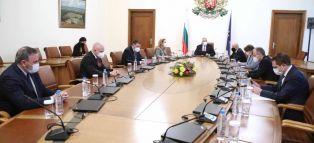 Обсъждаха разхлабването на мерките по сектори