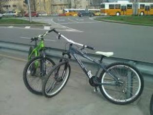 15 годишно дете  открадна два велосипеда