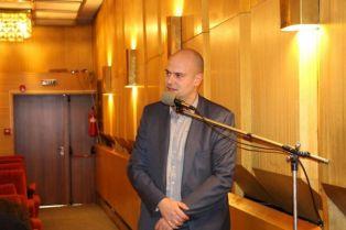 Д. Захариев:  Отговорите Ви ме карат да мисля, че живея в друг град