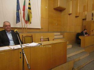 На извънредна  инфарктна сесия гледат бюджета на Перник  и новата структура на общината