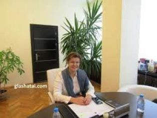 От правителството опровергават отстраняването на Соколова за сега