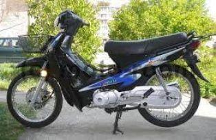 Пиян яхна нерегистриран мотопед