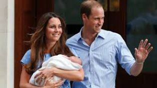 Принц Уилям отново започна работа след отпуска си по бащинство