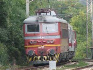 Влак се запали