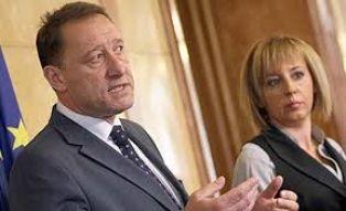 Отлага се сватбата  на Ангел Найденов и Мая Манолова