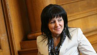 Цвета Караянчева е новият председател на парламента