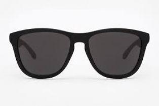 Интересно: слънчевите очила имат срок на годност