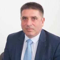 Министър Данаил Кирилов подаде оставка